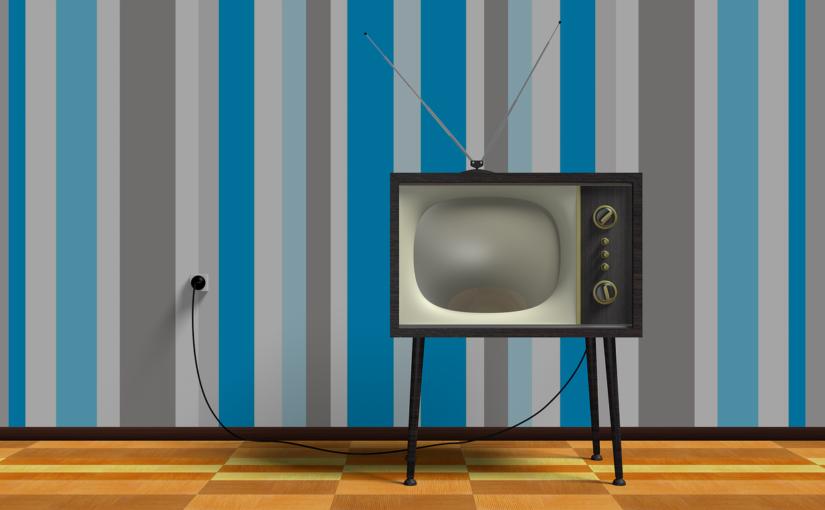 Samotny odetchnięcie przed telewizorem, lub niedzielne filmowe popołudnie, umila nam czas wolny ,a także pozwala się zrelaksować.